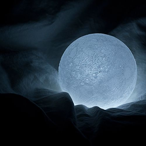 The Moon, lampara LED by Nosigner